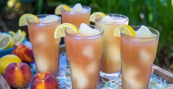 Peach-Moonshine-Lemonade-Swirl-web-IMG_7993